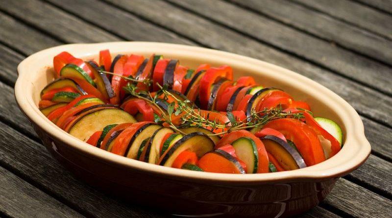 Арабский салат с баклажанами